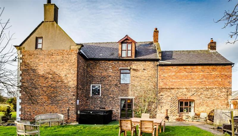 Meadow Farmhouse, Nr Doncaster - Yorkshire