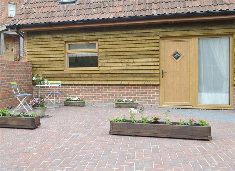 Homestead Stables Holiday Cottages - Henge, Market Lavington, near Devizes - Wiltshire