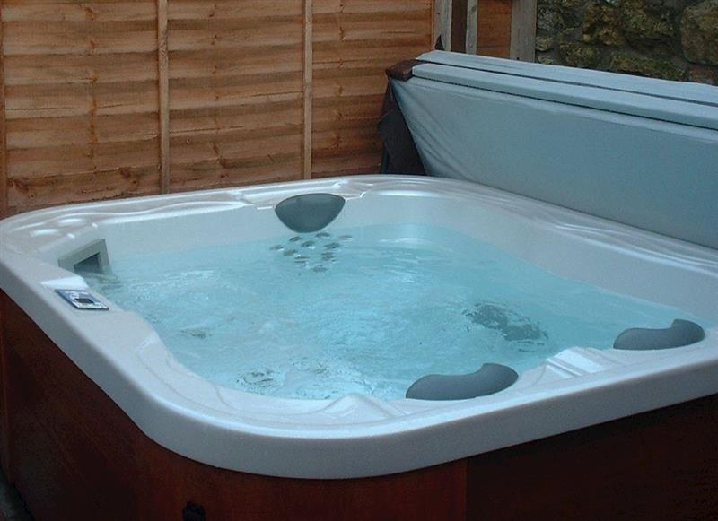 Sands Farm Cottages - Fuchsia Cottage, Pickering - North Yorkshire