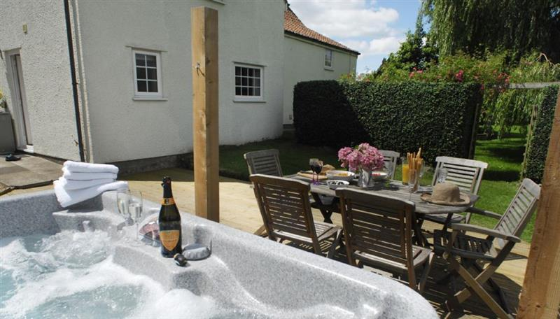 Gardener's Arms Cottage, Langford - Somerset