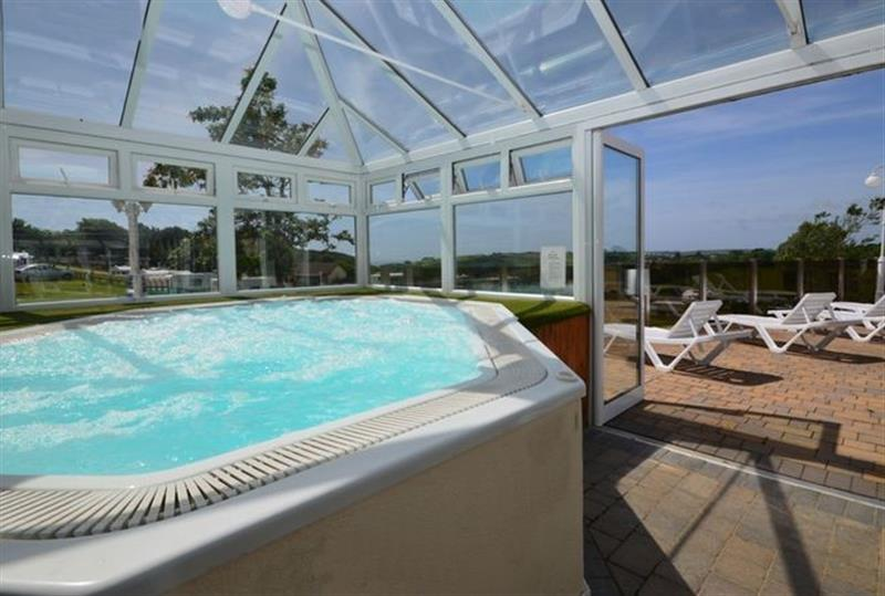Phenomenal This Cottage In Looe South Cornwall Is A Hot Tub Holiday Download Free Architecture Designs Remcamadebymaigaardcom
