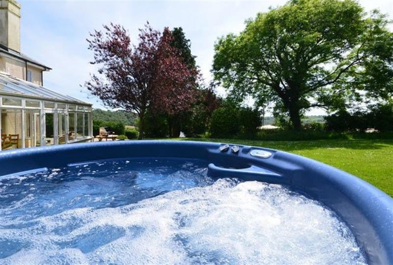 Fine This Cottage In Looe South Cornwall Is A Hot Tub Holiday Download Free Architecture Designs Remcamadebymaigaardcom