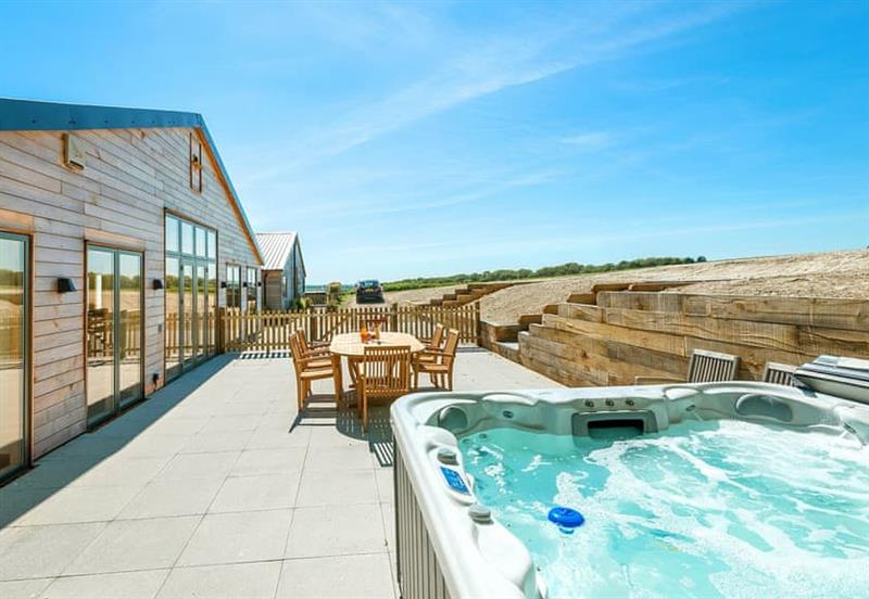 Hot tub at Silver Birch, Droxford