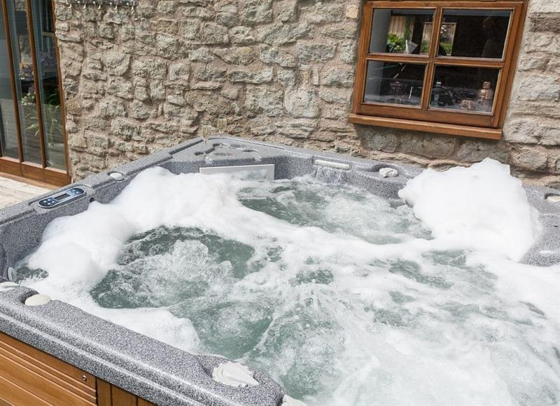 Hot tub at Stable Cottage,