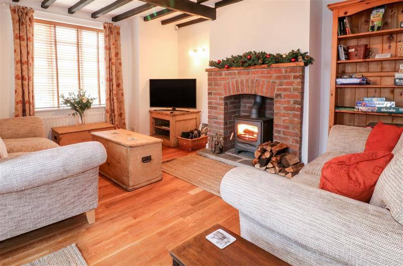Living room in Pool Cottage, Broxholme near Saxilby